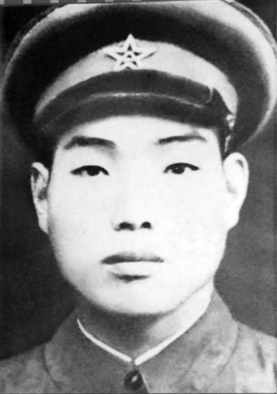 孔庆三:人民英雄 事迹永存