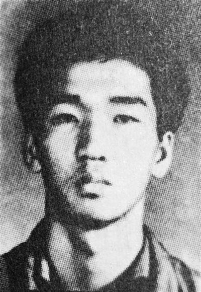王贵君:  无所畏惧的模范民警