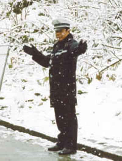 谭东:  雪山之巅 书写忠诚