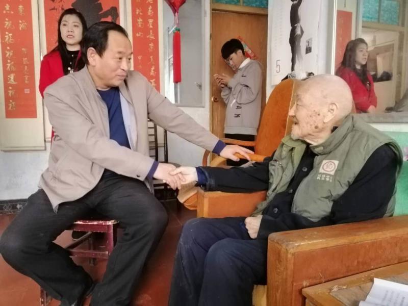 商丘市委党史研究室主任赵世海赴太康县开展党史业务交流