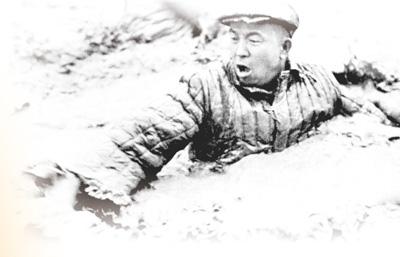 【奋斗百年路 启航新征程】紧跟党走,铁人队伍永向前(峥嵘岁月)